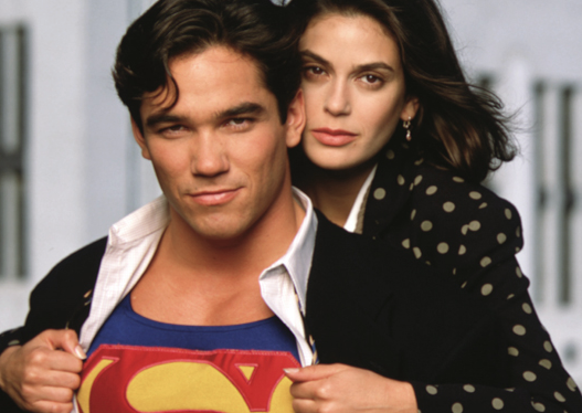 Dean Cain and Teri Hatcher in Lois and Clark