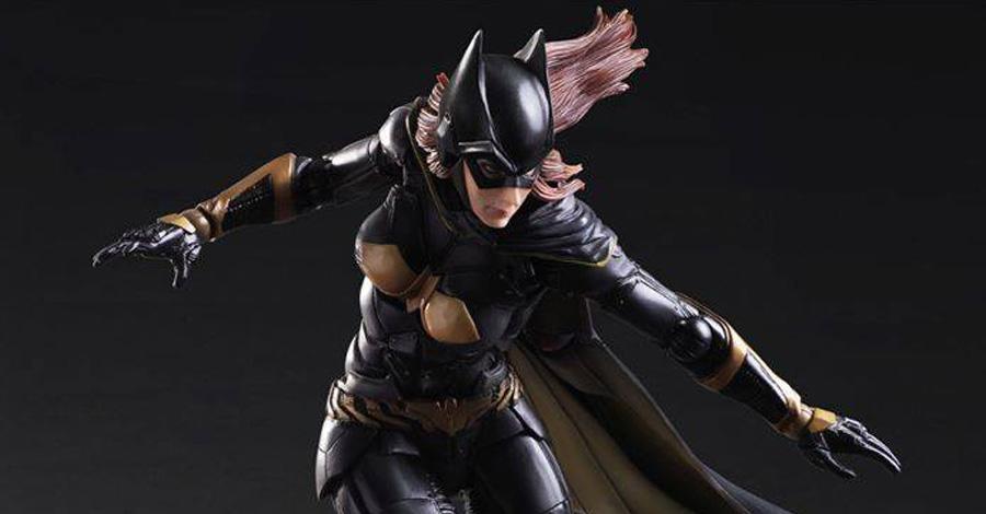 Batgirl figure Arkham Knight gold cape