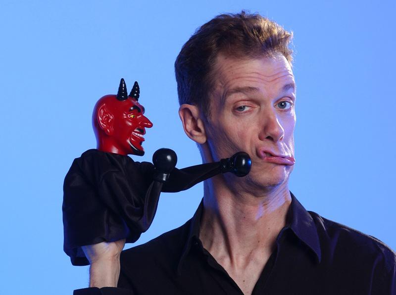 Doug Jones with Devil puppet