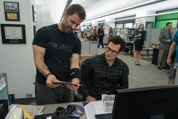 Zack Snyder and Henry Cavill on the set of BvS