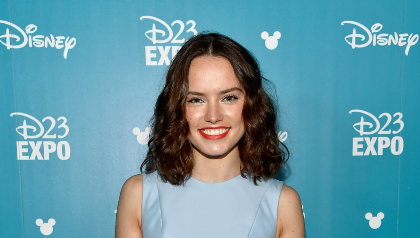 Daisy Ridley Starring in Shakespeare Film 'Ophelia'
