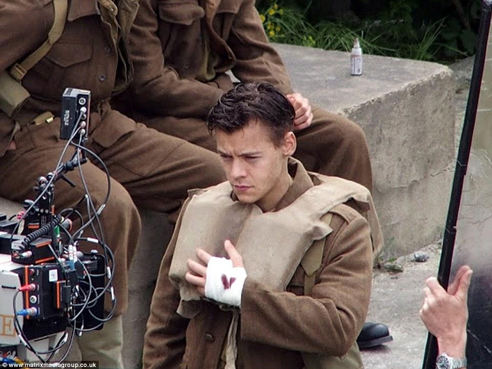 Harry Styles in Dunkirk short hair