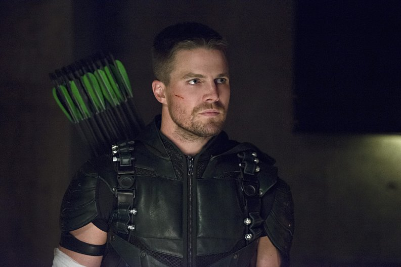 Arrow Season 4 Oliver/Green Arrow