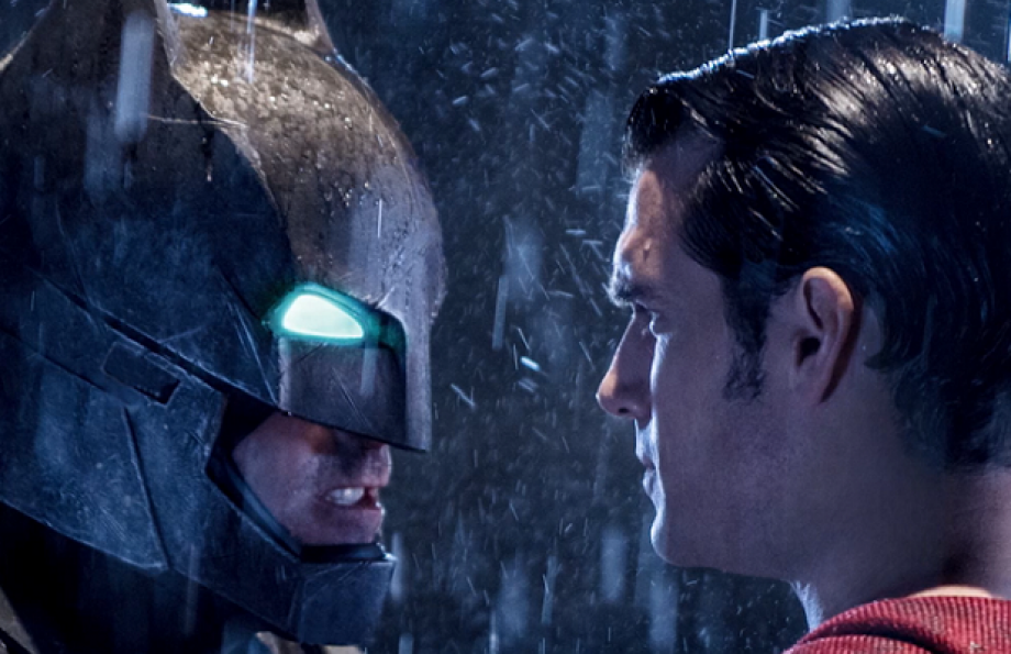 Batman and Superman face to face in BvS