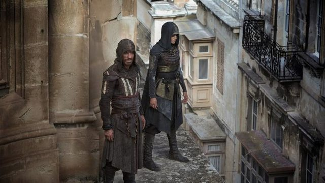 assassin's creed aguilar standing with another assassin