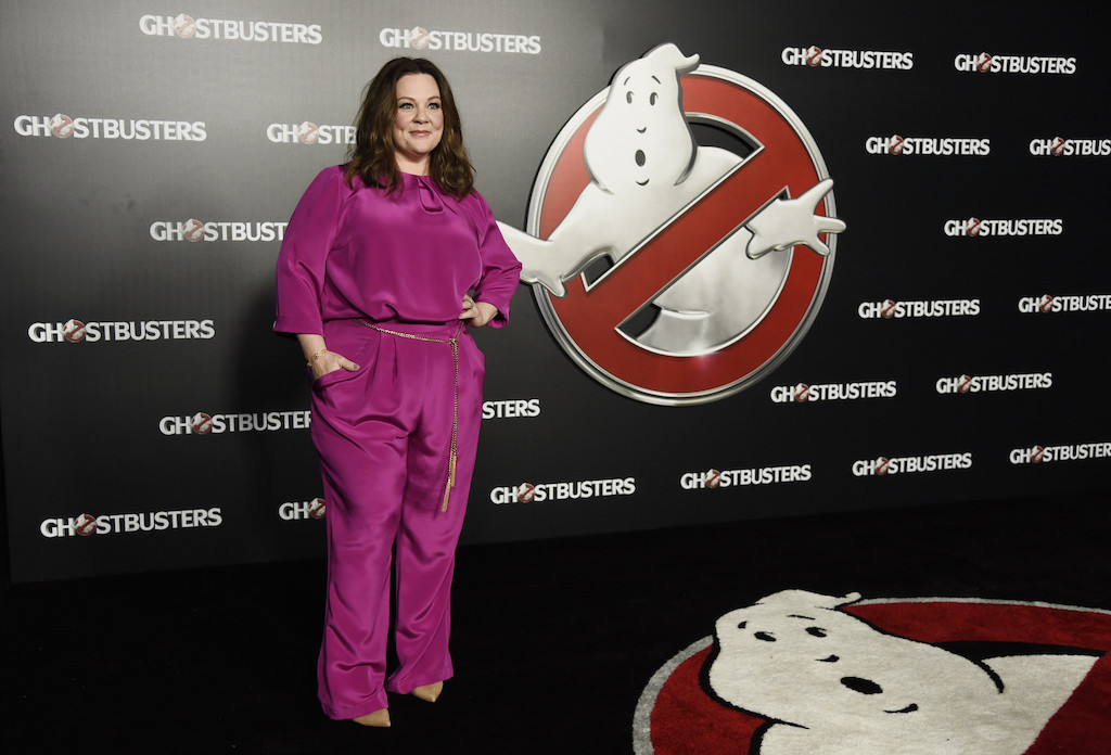 Melissa McCarthy with ghostbusters logo