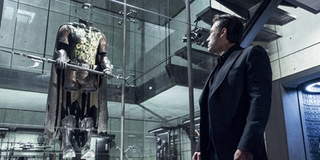 Robin suit in Batman v Superman Ben Affleck looking on