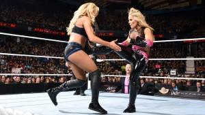 WWE Extreme Rules 2016 Charlotte Natalya
