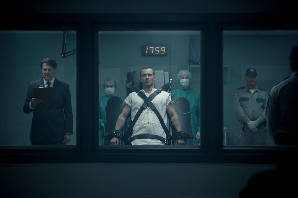 Michael Fassbender in Assassin's Creed Film tied up