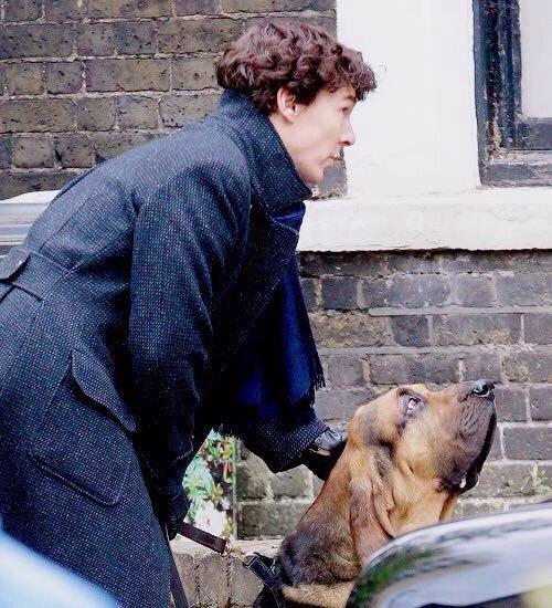Benedict Cumberbatch filming Sherlock