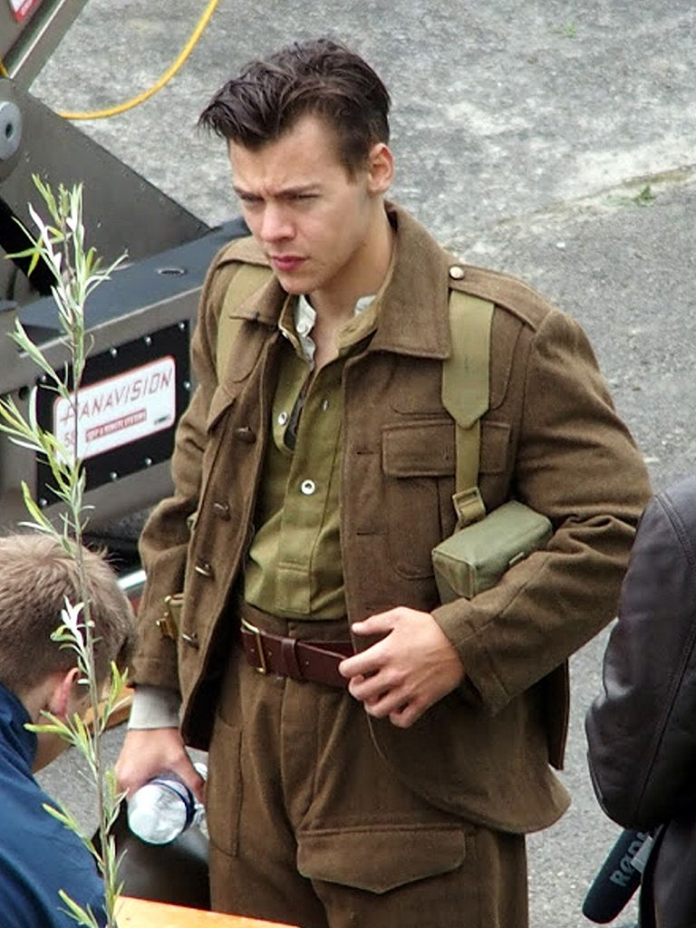 Harry Styles on set of Dunkirk with short hair