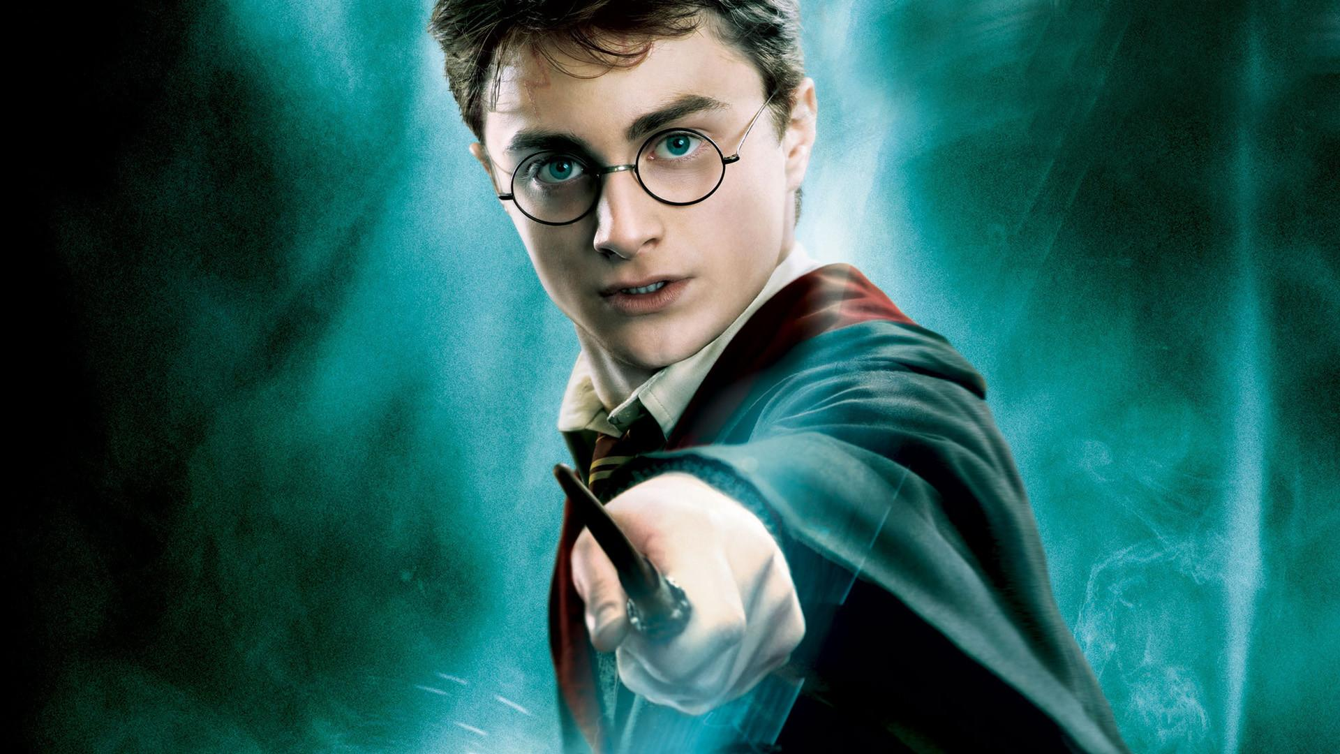 Daniel Radcliffe Hasn't Ruled Out A Return To 'Harry Potter'