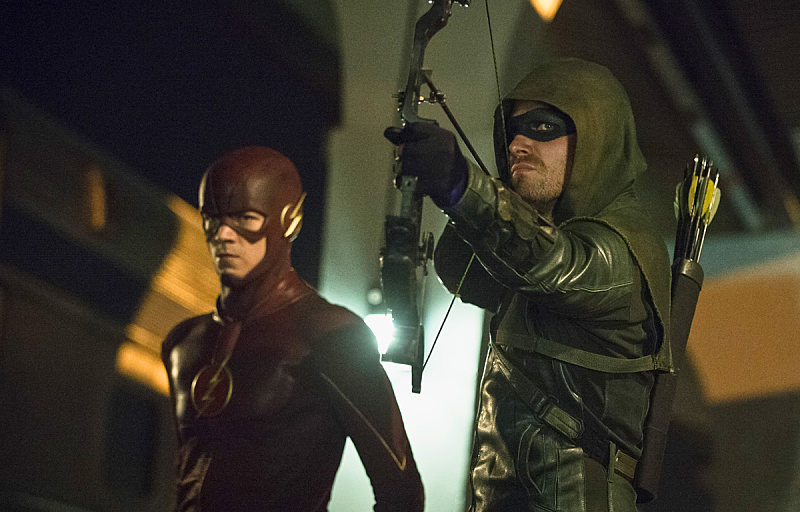 Stephen Amell Suggests Flashpoint Could Impact 'Arrow'