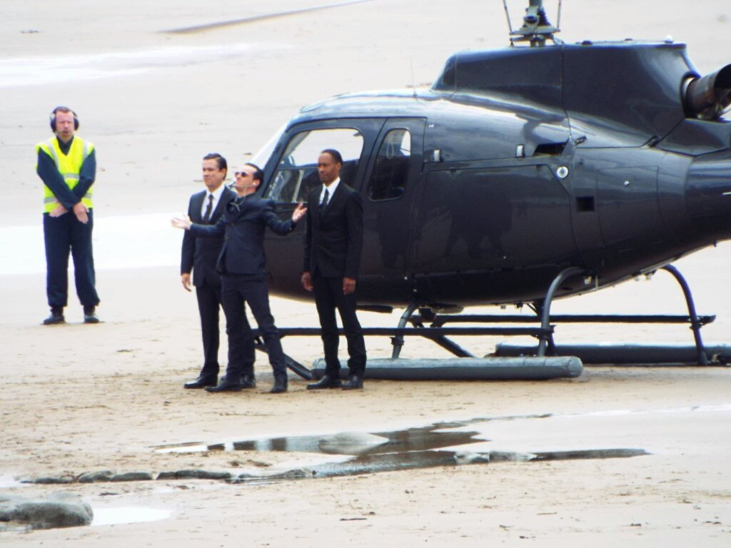 Andrew Scott as Moriarty Sherlock Season 4 helicopter