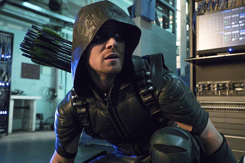 'Arrow' Season 5 Details Emerge, Villain Revealed!