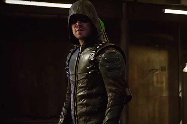 'Arrow': Oliver Will Return to His Old Ways in Season 5