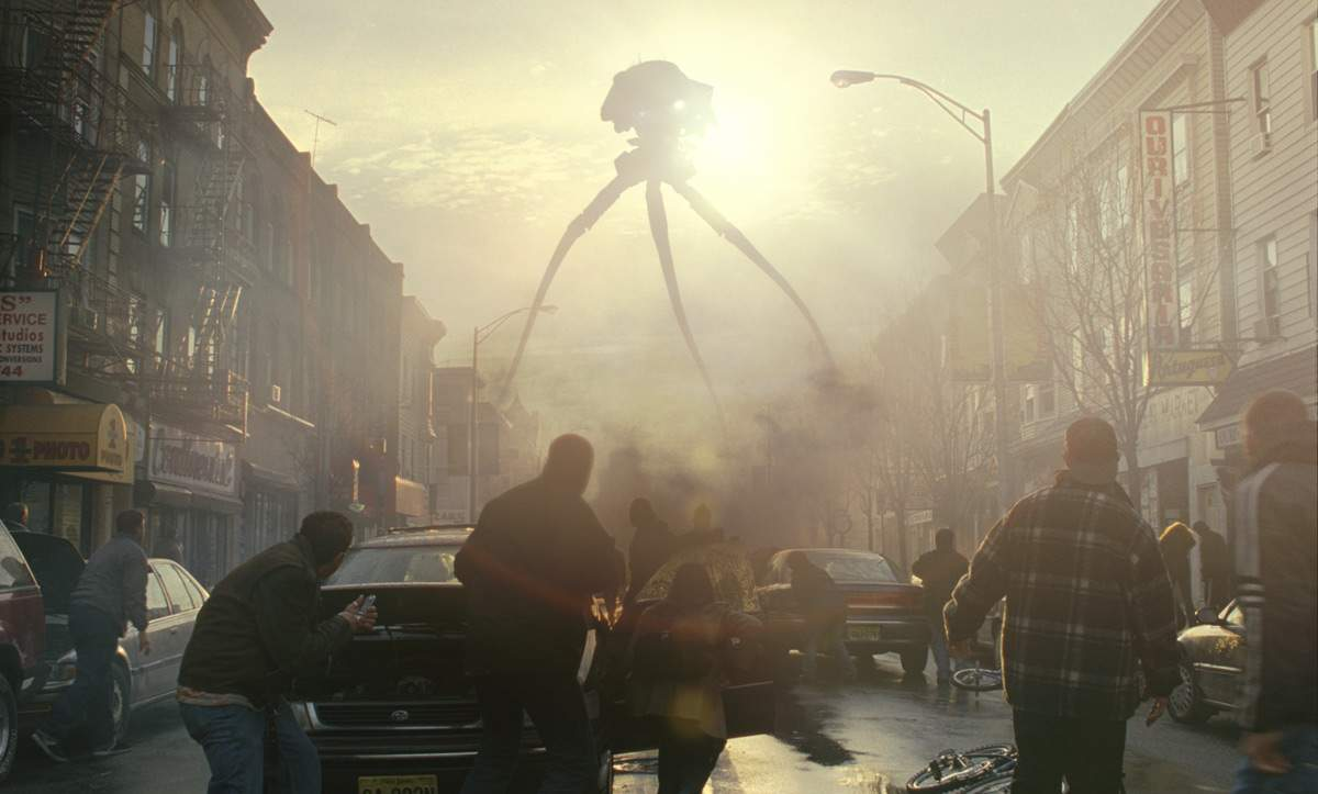 Spielberg's Amblin Entertainment Returning to Alien Invasions