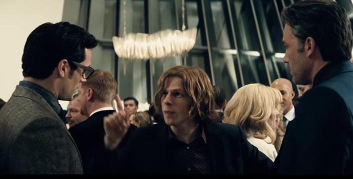 Lex Luthor talks to Clark Kent and Bruce Wayne