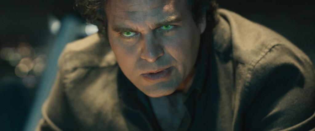Mark Ruffalo Gears Up on 'Thor: Ragnarok' Set