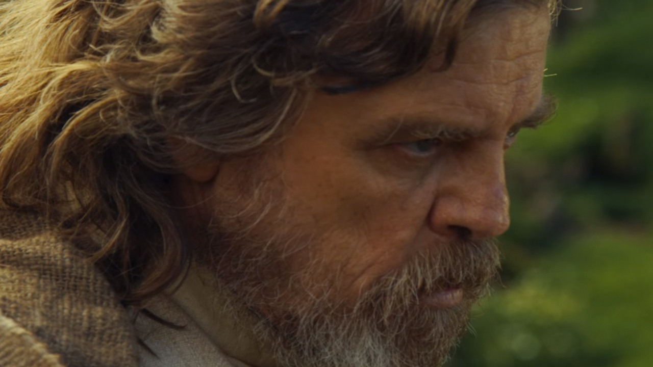 Mark Hamill & 4,000 Strong Kick Off 'Star Wars' Celebration