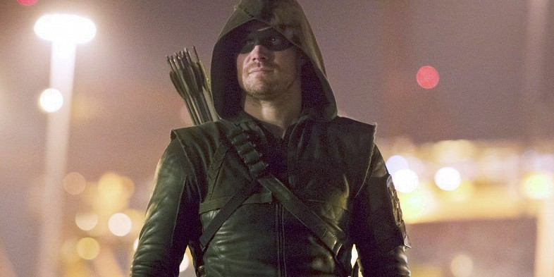 The Secret to How Arrow's Hood Stays on in Combat