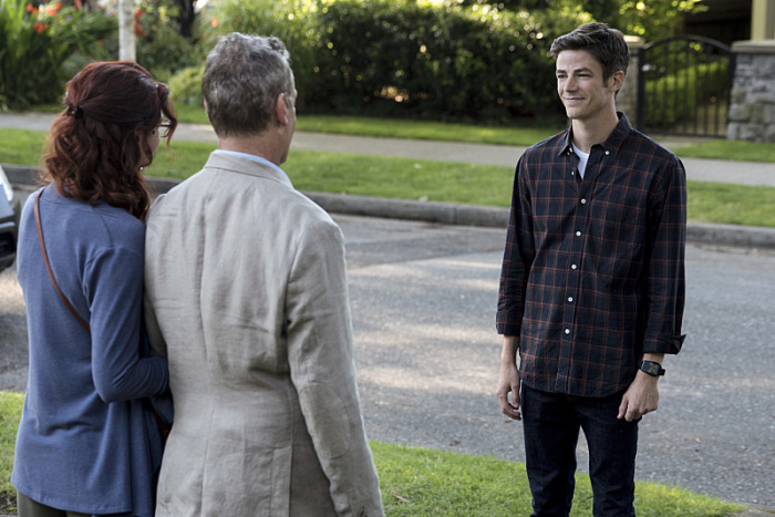 The Flash Season 3 barry and parents