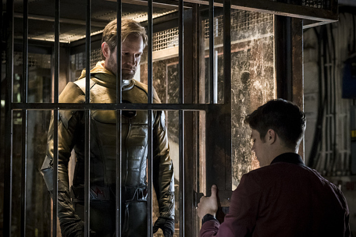 The Flash Season 3 barry and reverse flash