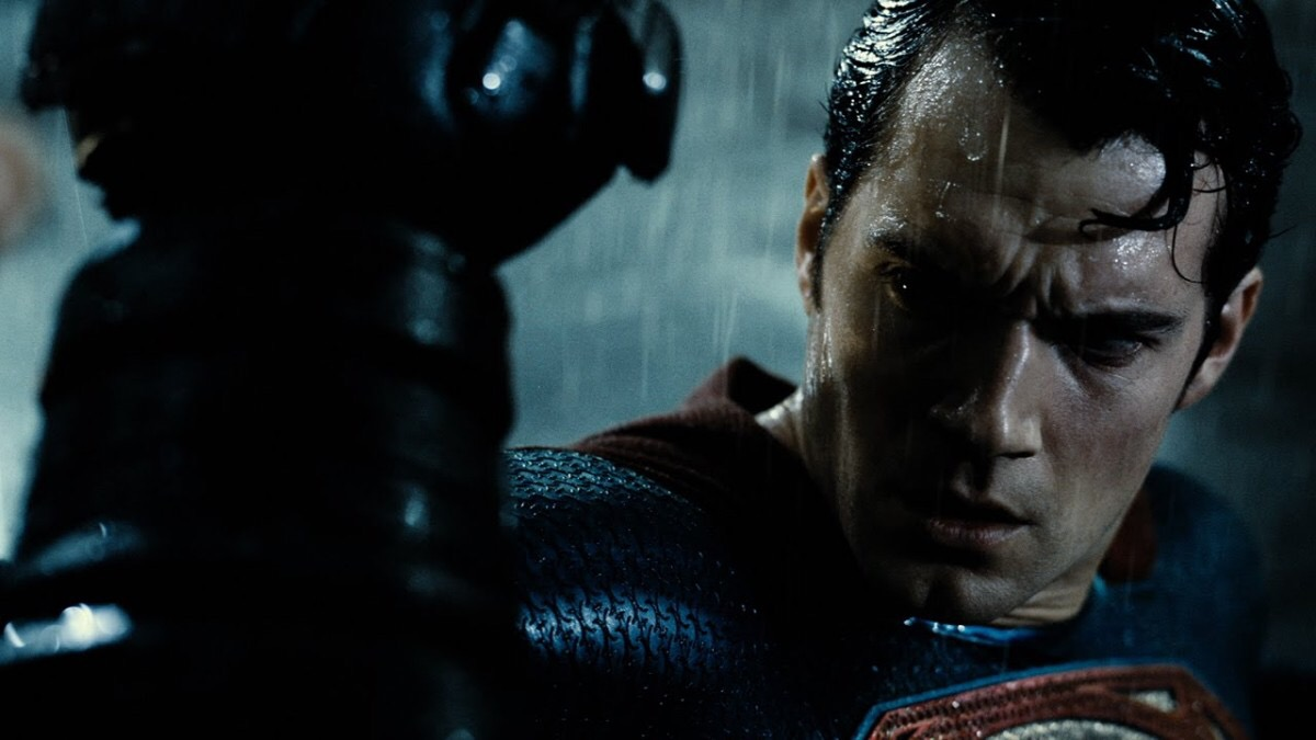 UPDATE: Henry Cavill On-Set Photo is Not From 'Justice League'