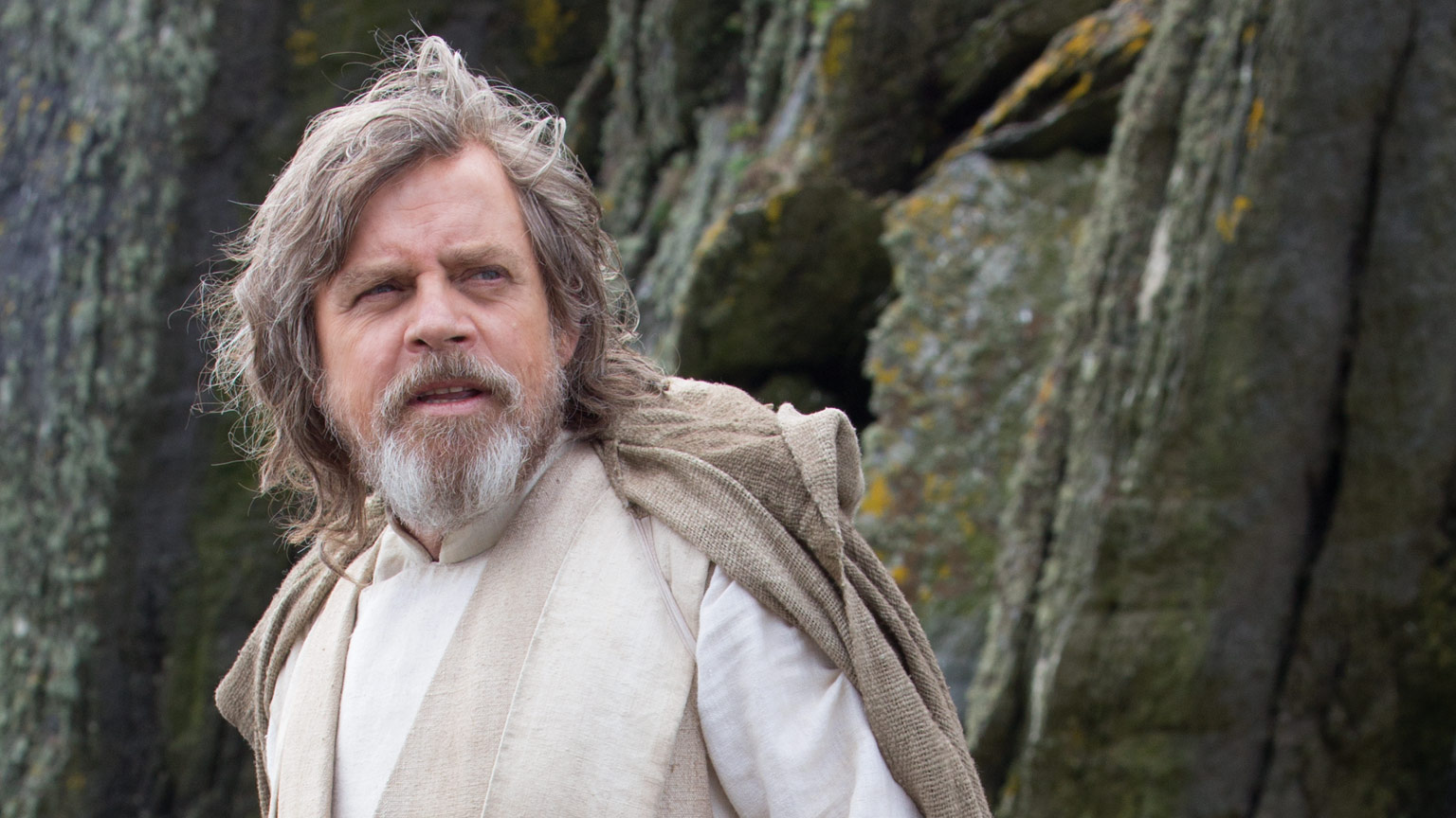 Star Wars: Episode IX Is Reportedly Featuring Multiple Scenes Between Luke And Leia