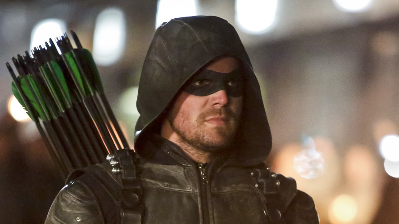 'Arrow': [Spoiler] Returns in Episode 100, Not Related to Flashpoint