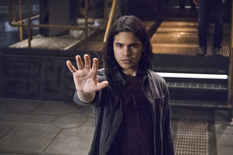 Carlos Valdes Teases Flashpoint Cisco, Musical Crossover
