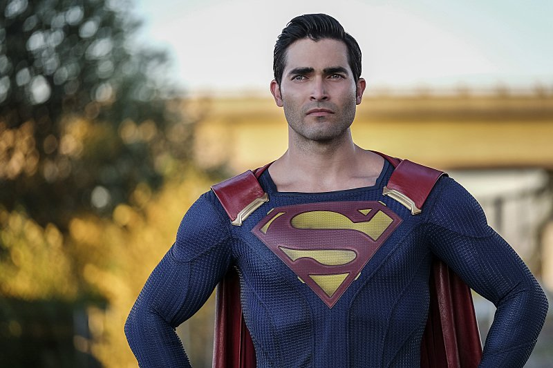 'Supergirl' Season 2 Promo Shows Tyler Hoechlin's Superman in Action