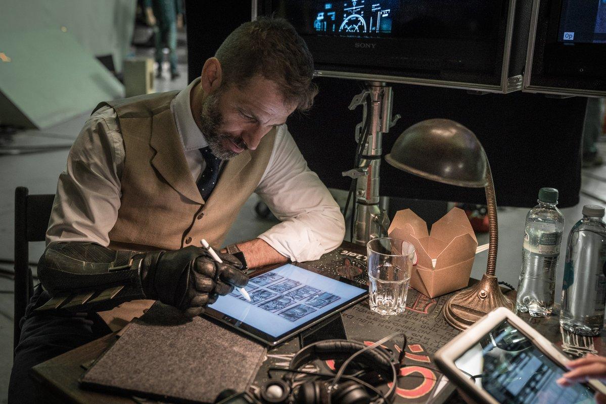 Zack Snyder Posts BTS 'Justice League' Image Teasing Deathstroke