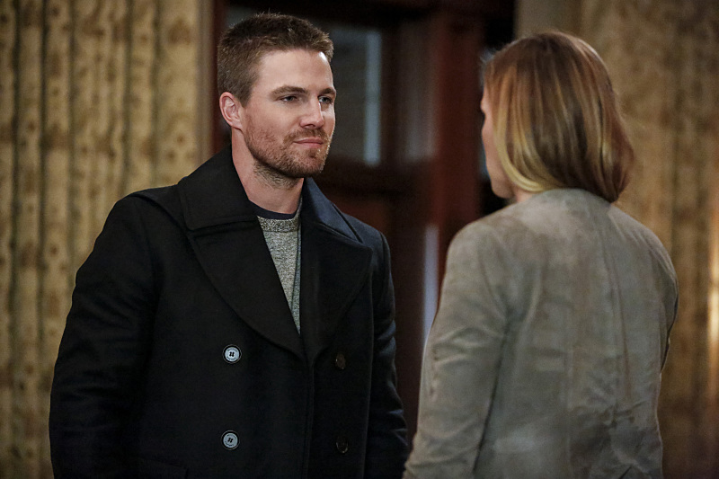 Oliver to Find Closure in 'Arrow's' 100th Episode