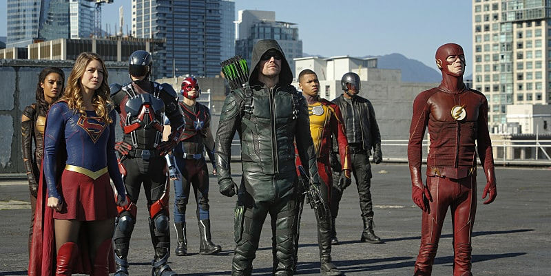 Arrowverse 'Invasion' Promo Shows New Footage