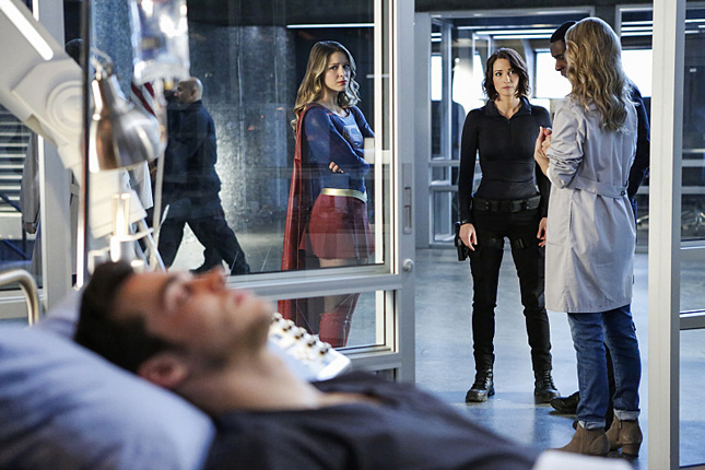 'Heroes vs Aliens' Crossover's First Part is Disappointing