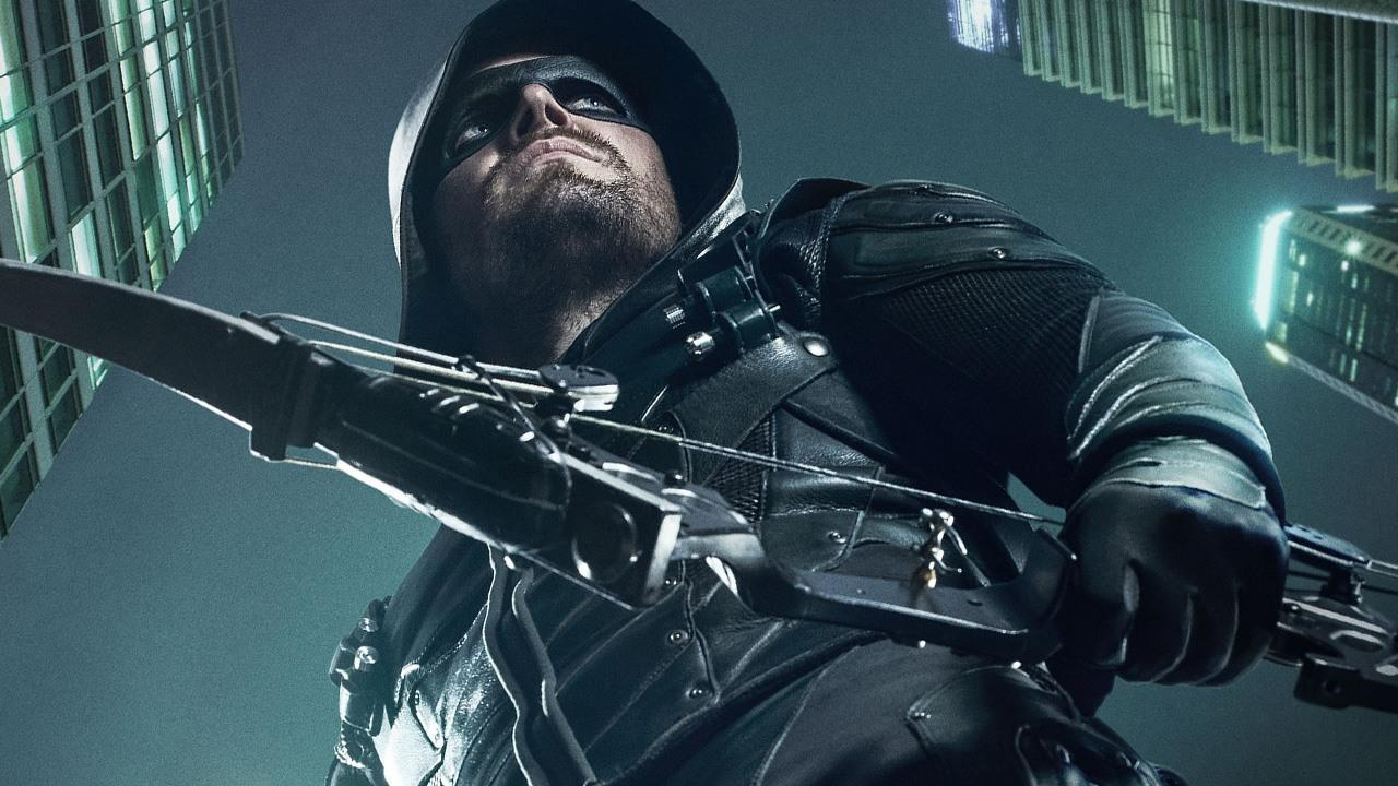Stephen Amell Thanks Fans for 6 Seasons of 'Arrow'