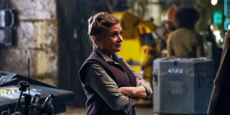 Mark Hamill Reveals Tender Unscripted Leia Scene In Star Wars: The Last Jedi