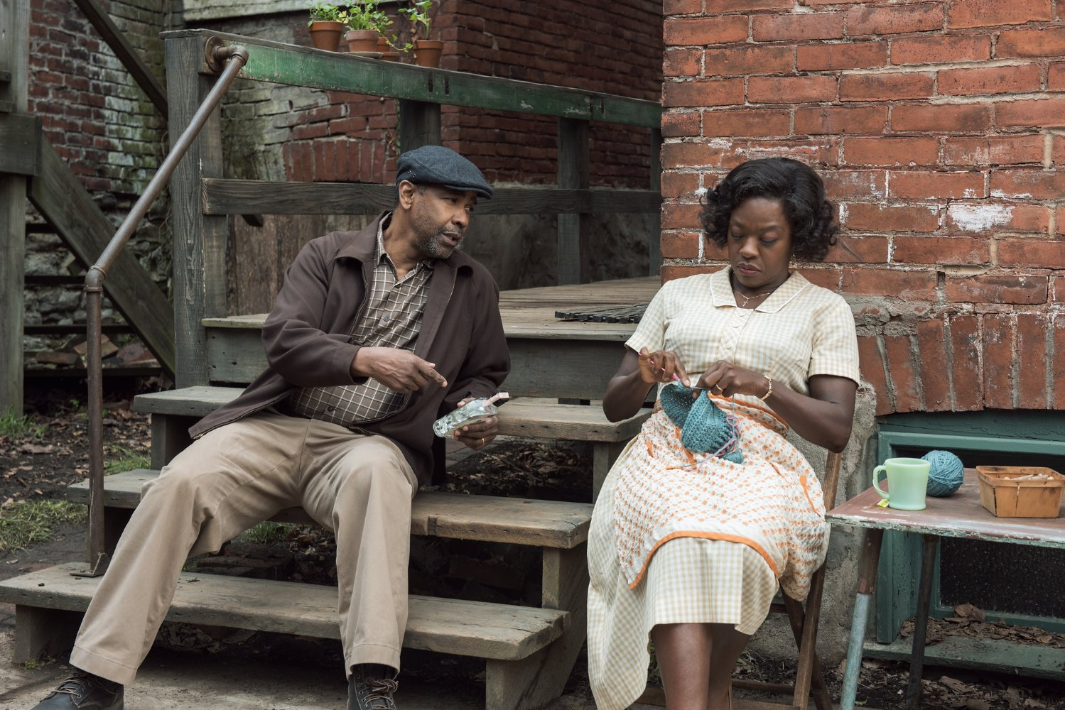 Review: Washington and Davis Ensure 'Fences' is Worth Peering Over