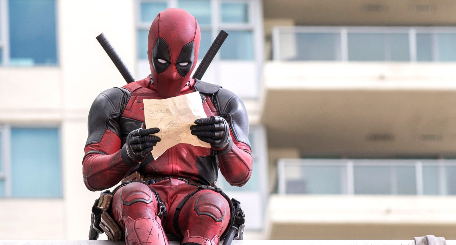 'Deadpool' Writers Discuss the Difficulties of a Wolverine Crossover Movie