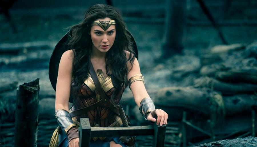 "'Wonder Woman' Director Says Movie is ""Superman Meets Casablanca"""