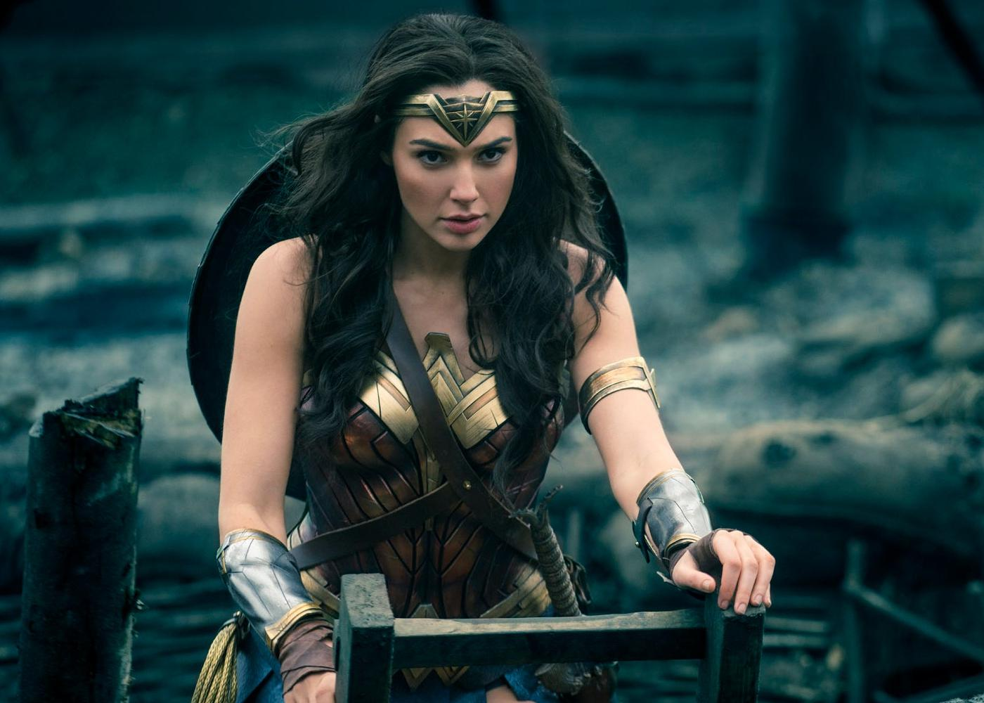 Wonder Woman Prepares for War in Final Trailer