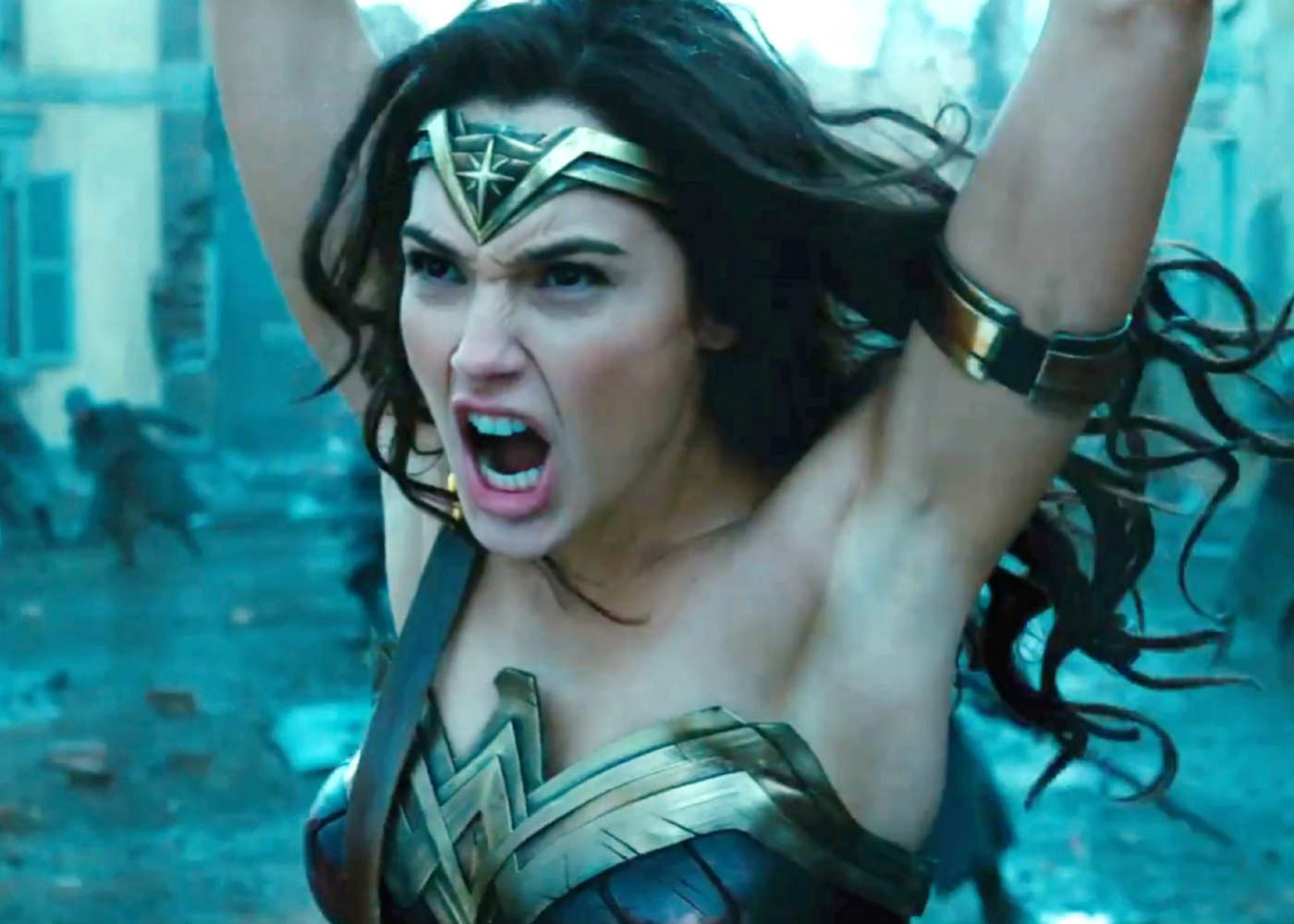 Early Viewings of Wonder Woman Set Off a Storm of Positive Tweets