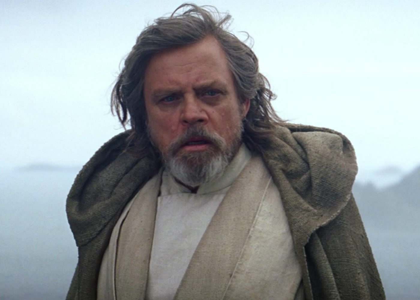 Mark Hamill Shuts Down New Star Wars: Episode IX Poster Leak