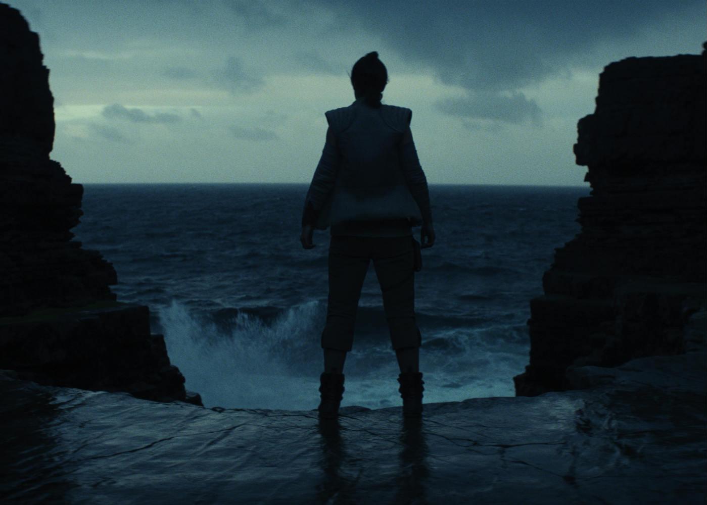 Japanese Star Wars: The Last Jedi Promo Reveals Plot Details
