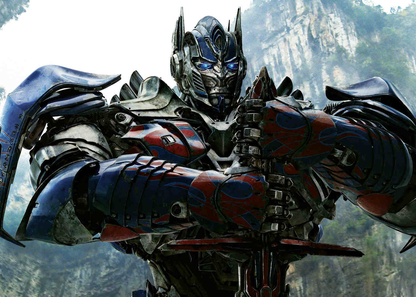 Review: Is Transformers: The Last Knight More Overblown Bayhem?