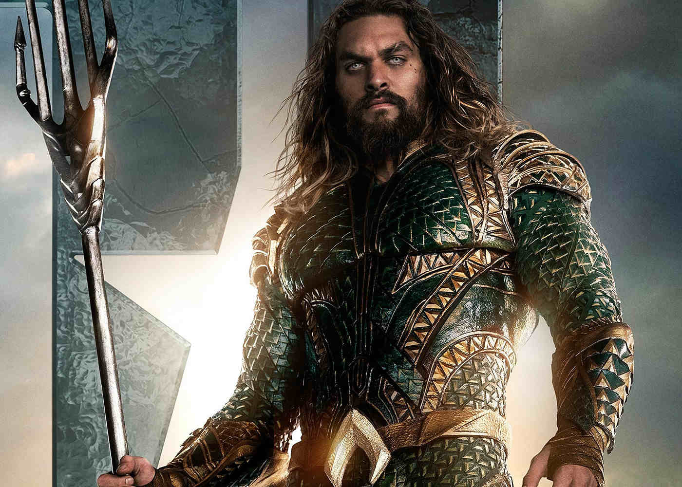New Photo: See Aquaman's Armor and Props