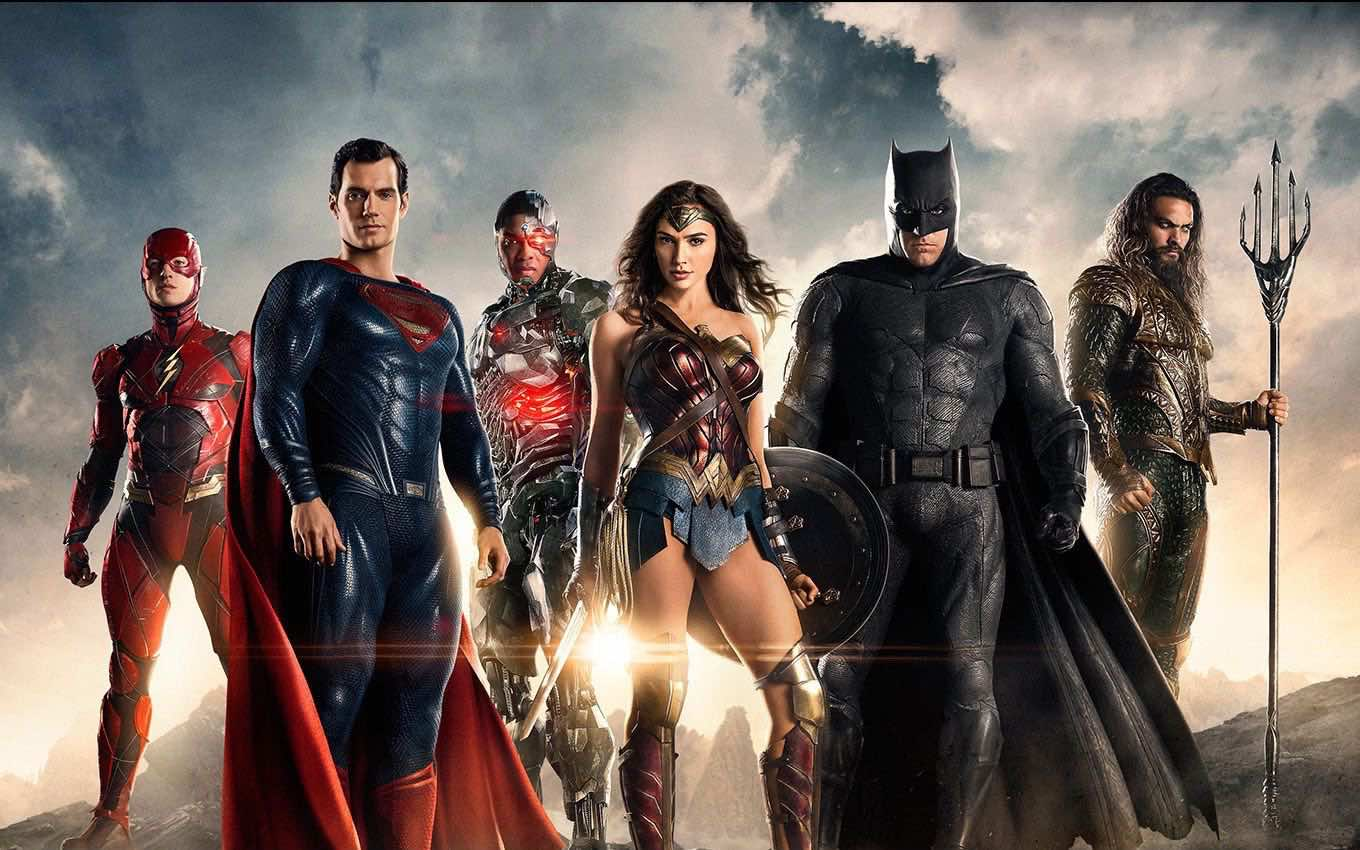 Patty Jenkins Says All DC Directors Don't Consider Whedon's Justice League Canon