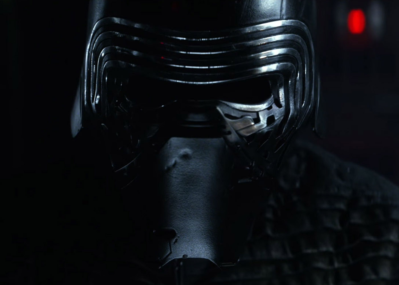"Adam Driver: Kylo Ren Has ""Unexpected"" Development Ahead"