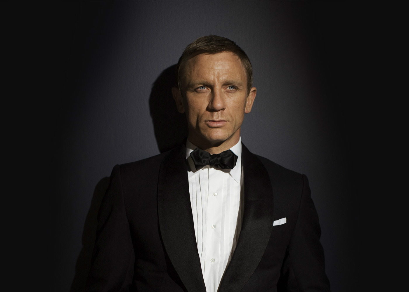 Daniel Craig Confirms Return as James Bond